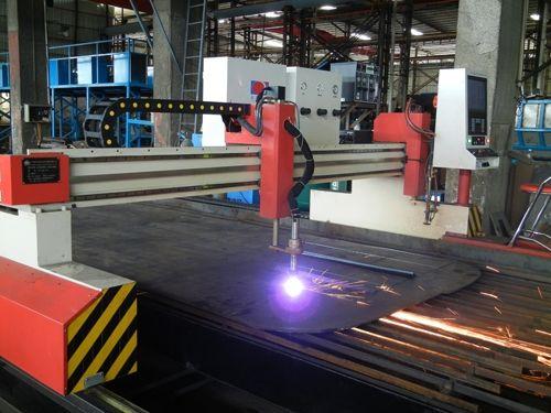 Numeriese beheer laser snymasjien